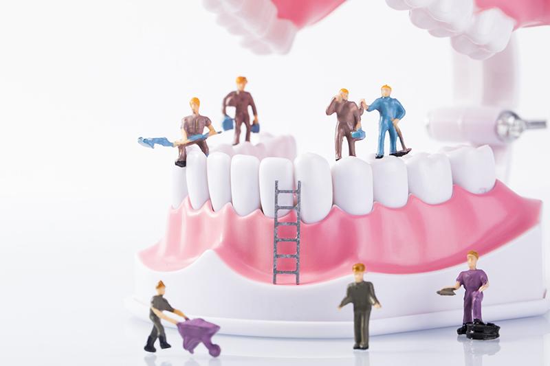 如何使用牙线_糖尿病患者口腔的日常护理